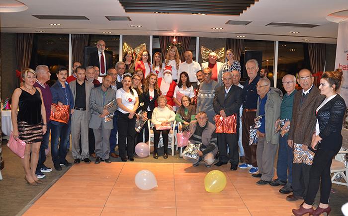 Diyaliz hastaları yılbaşını erken kutladı