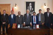 Muhtarlardan Atatürk Büstleri İçin Teşekkür Ziyareti