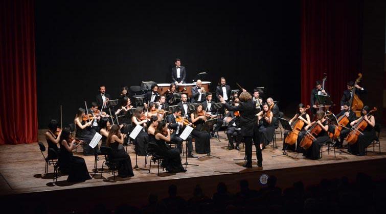 Büyükşehir'in Öğretmenler Günü Özel Konserlerine Yoğun İlgi
